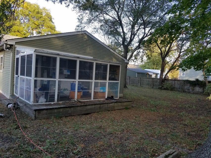 Additional photo for property listing at 10 12 Center Avenue  肯斯堡市, 新泽西州 07734 美国