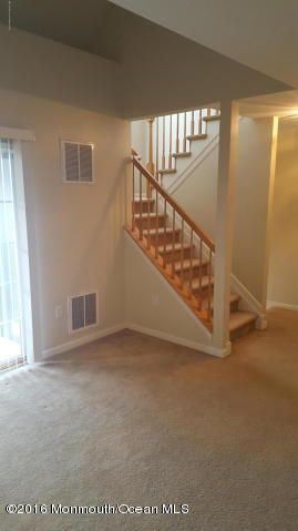 Additional photo for property listing at 1054 Morning Glory Drive  Monroe, New Jersey 08831 États-Unis