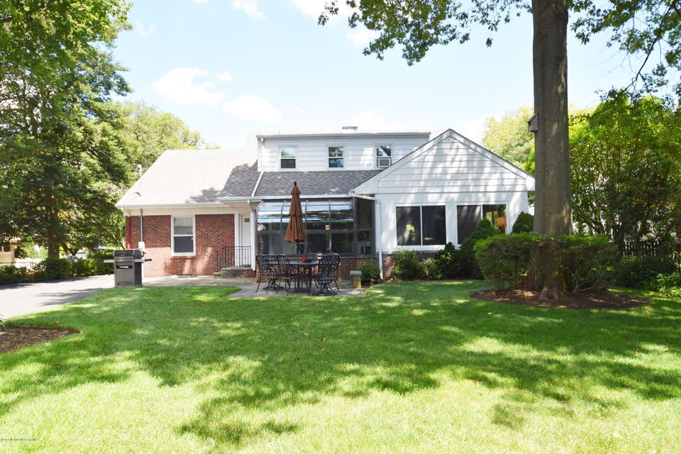 Additional photo for property listing at 218 Philadelphia Boulevard  Sea Girt, New Jersey 08750 United States