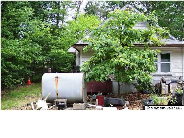 Additional photo for property listing at 617 Henry Street  Jackson, New Jersey 08527 États-Unis