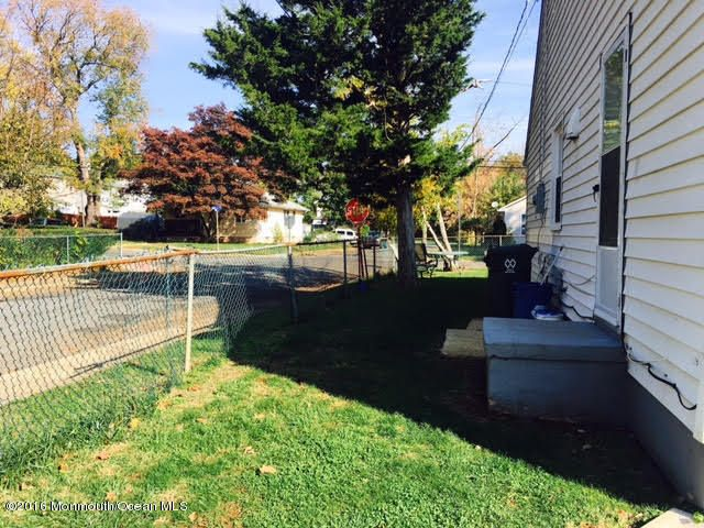 Additional photo for property listing at 10 Bond Street  Freehold, New Jersey 07728 United States