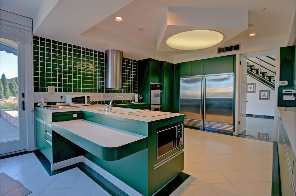 009_Kitchen