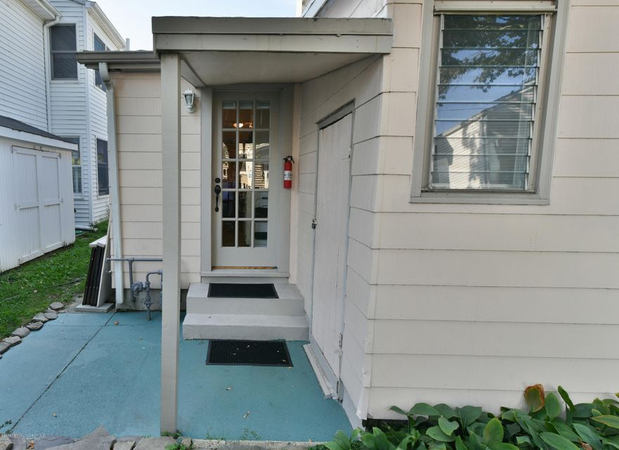 Additional photo for property listing at 87 Fletcher Lake Avenue  Ocean Grove, New Jersey 07756 États-Unis