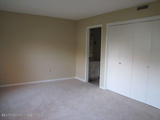 Additional photo for property listing at 456b Roxbury Lane  Monroe, New Jersey 08831 États-Unis