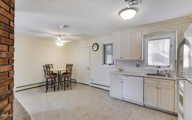 Additional photo for property listing at 23 Pennsylvania Avenue  Lavallette, Nueva Jersey 08735 Estados Unidos