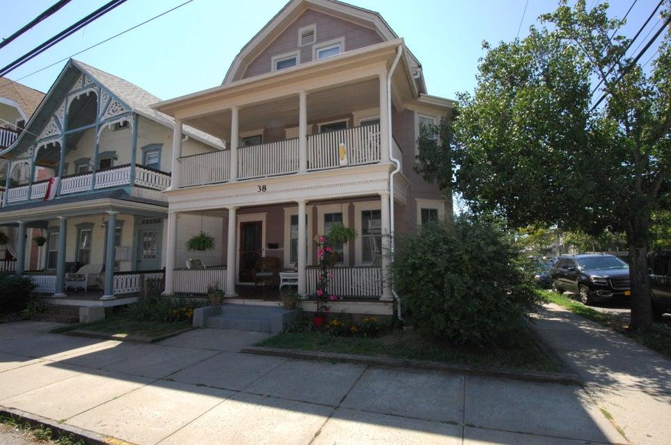 Casa Unifamiliar por un Alquiler en 38 Embury Avenue Ocean Grove, Nueva Jersey 07756 Estados Unidos