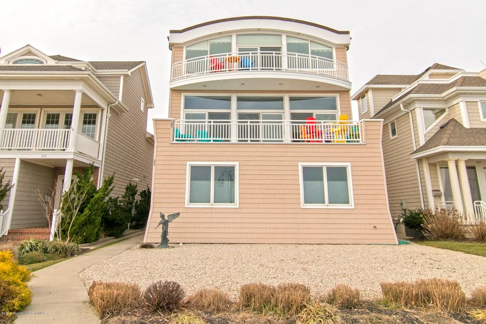 Single Family Home for Sale at 303 Ocean Avenue Belmar, 07719 United States