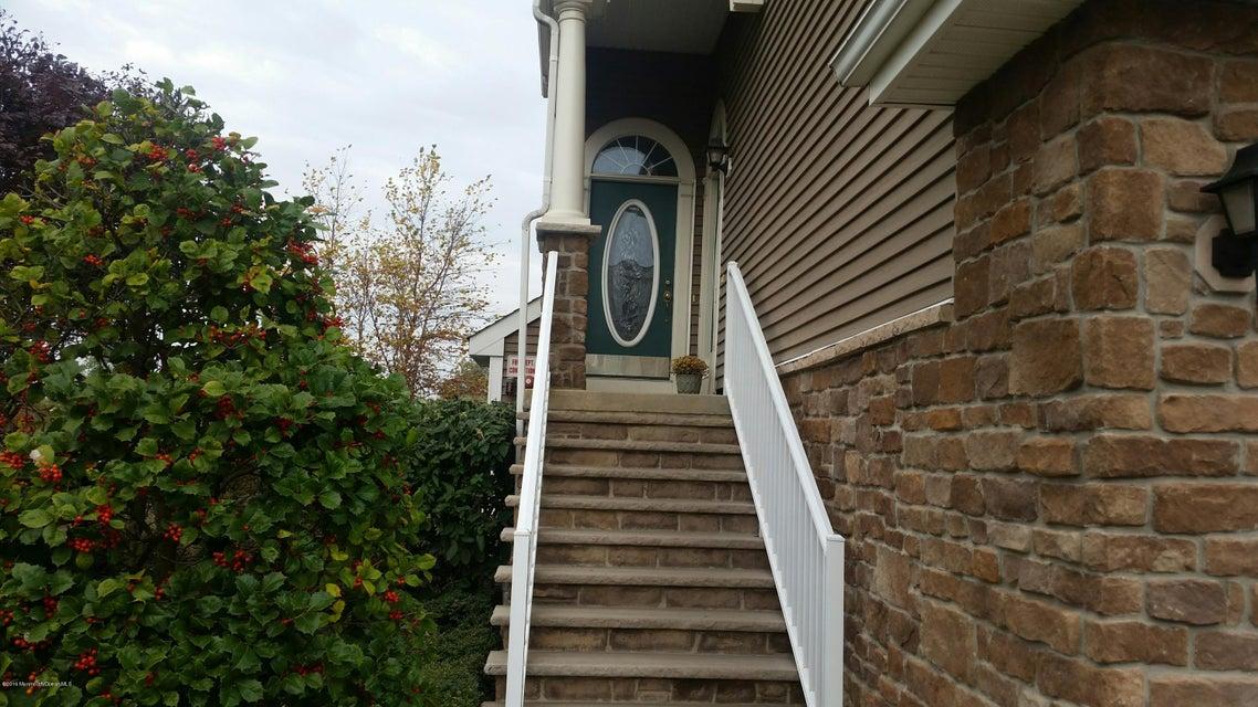 Condominium for Rent at 2 Raritan Reach Road South Amboy, New Jersey 08879 United States