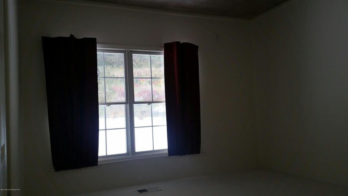 Additional photo for property listing at 2 Raritan Reach Road  South Amboy, Nueva Jersey 08879 Estados Unidos