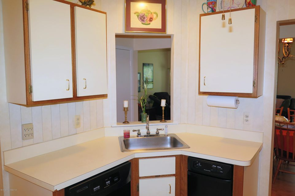 Additional photo for property listing at 426 Bayberry Court  Englishtown, New Jersey 07726 États-Unis