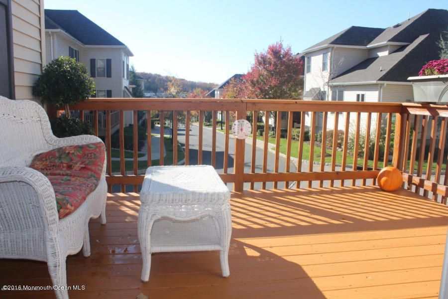 Additional photo for property listing at 24 Brittany Court  Atlantic Highlands, New Jersey 07716 États-Unis