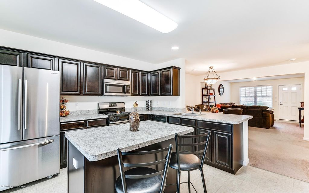 Additional photo for property listing at 403 Harvest Way  Toms River, Nueva Jersey 08755 Estados Unidos