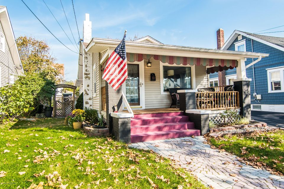 Additional photo for property listing at 222 17th Avenue  Belmar, New Jersey 07719 États-Unis