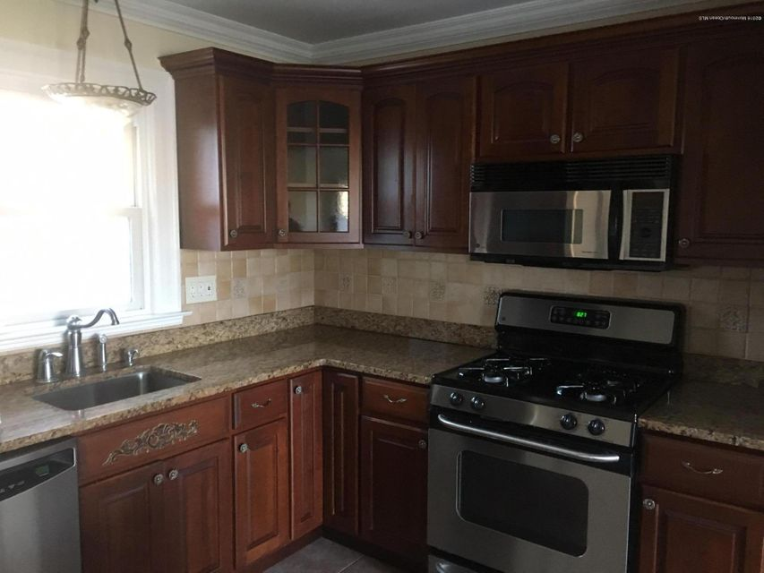 Additional photo for property listing at 2706 Shady Glen Avenue  Point Pleasant, Nueva Jersey 08742 Estados Unidos