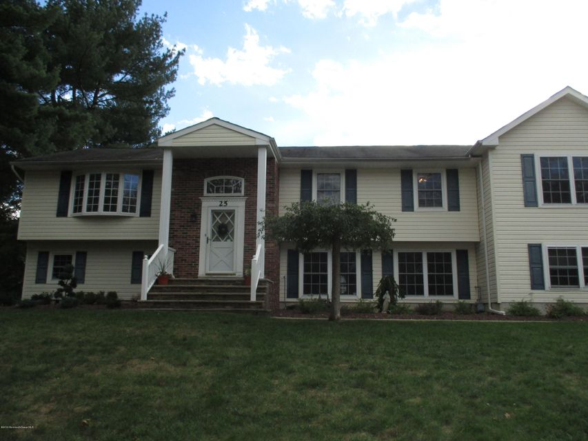 Additional photo for property listing at 25 Hearthstone Drive  Manalapan, Nueva Jersey 07726 Estados Unidos