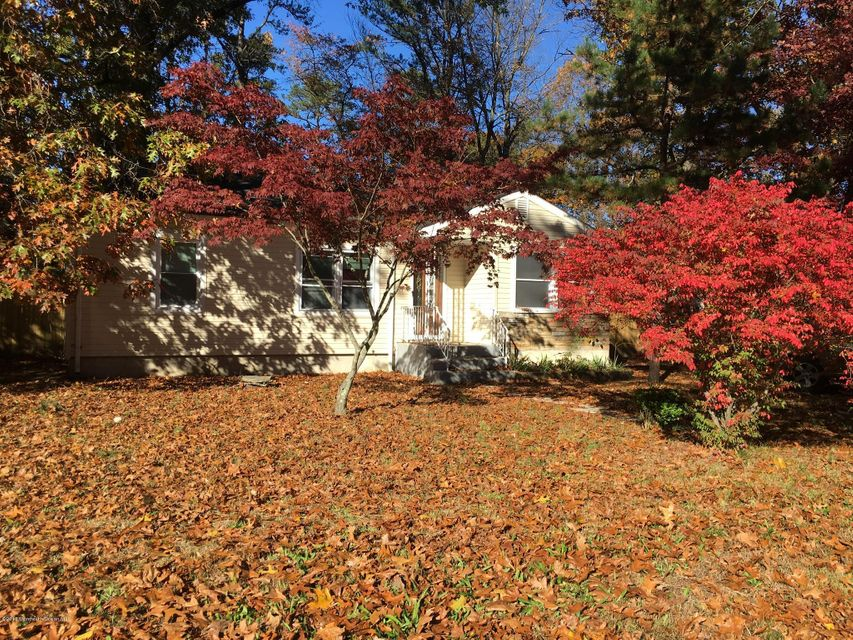 Single Family Home for Sale at 12 Lepky Avenue Cream Ridge, New Jersey 08514 United States