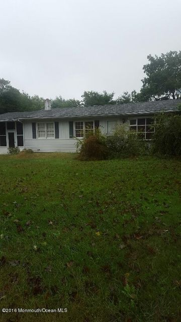 Single Family Home for Sale at 528 Corwill Terrace Toms River, New Jersey 08753 United States