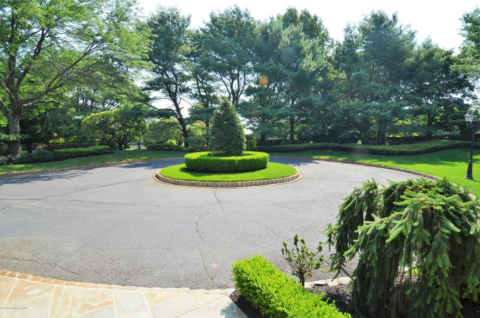 Additional photo for property listing at 10 Colts Gait Lane  Colts Neck, New Jersey 07722 États-Unis