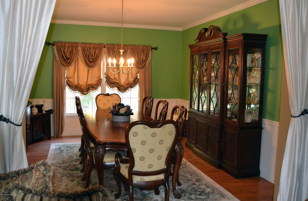 Additional photo for property listing at 19 Regina Drive  Brick, New Jersey 08724 États-Unis