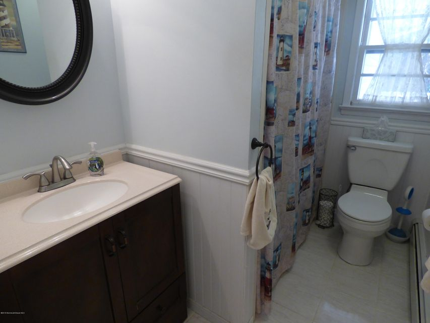 Additional photo for property listing at 904 Brookside Drive  Toms River, New Jersey 08753 États-Unis