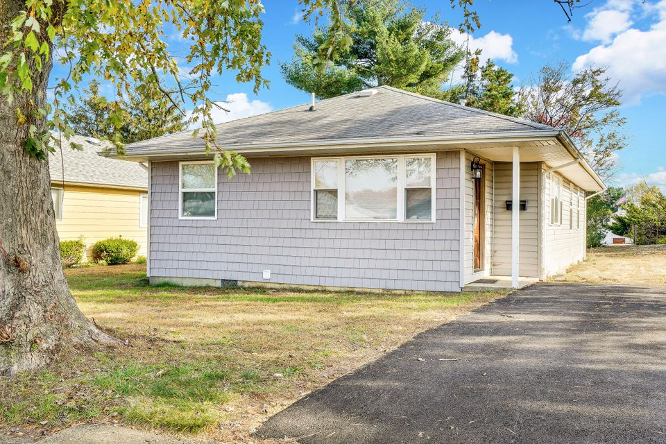 Single Family Home for Sale at 26 Saint David Drive Toms River, New Jersey 08757 United States