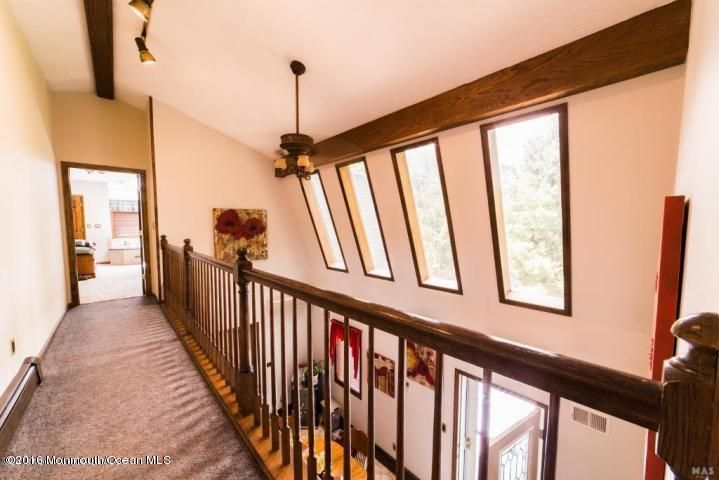 Additional photo for property listing at 295 Cranberry Road  Farmingdale, Nueva Jersey 07727 Estados Unidos
