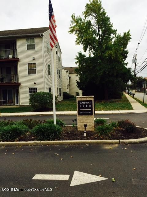 Additional photo for property listing at 231 Atlantic Street  Keyport, New Jersey 07735 États-Unis