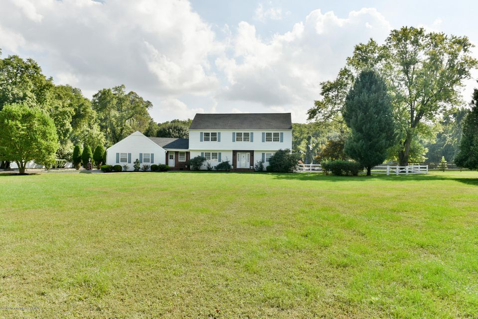 Additional photo for property listing at 20 Laird Road  Colts Neck, 新泽西州 07722 美国