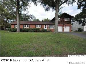 Additional photo for property listing at 217 Elmwood Road  Oakhurst, New Jersey 07755 États-Unis