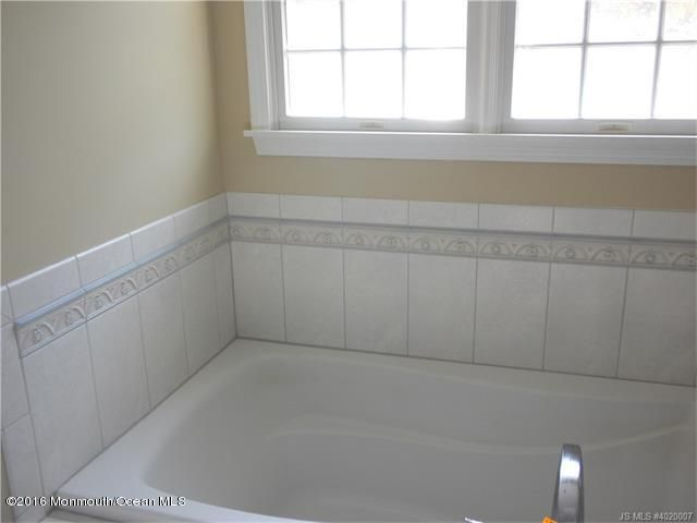 Additional photo for property listing at 740 Railroad Drive  Little Egg Harbor, New Jersey 08087 États-Unis