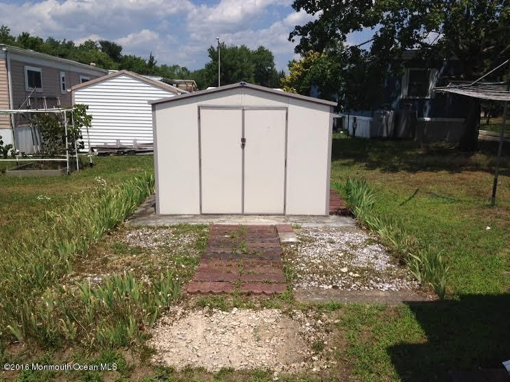 Additional photo for property listing at 103 Oak Drive  Barnegat, Nueva Jersey 08005 Estados Unidos