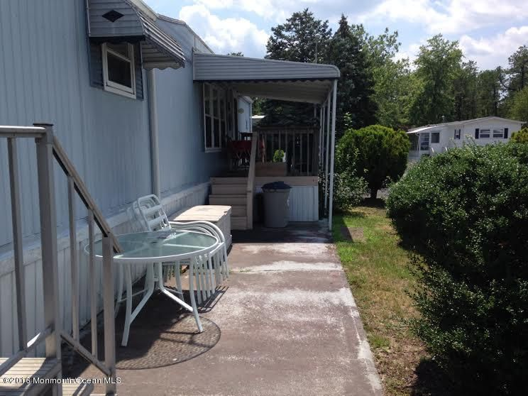 Additional photo for property listing at 103 Oak Drive  Barnegat, New Jersey 08005 United States