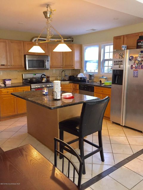 Additional photo for property listing at 13 Willow Street  Jamesburg, Nueva Jersey 08831 Estados Unidos