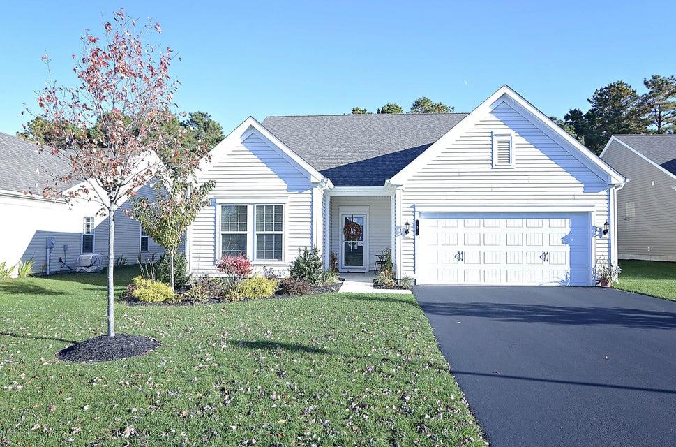 Maison unifamiliale pour l Vente à 5 Ascot Lane Manchester, New Jersey 08759 États-Unis