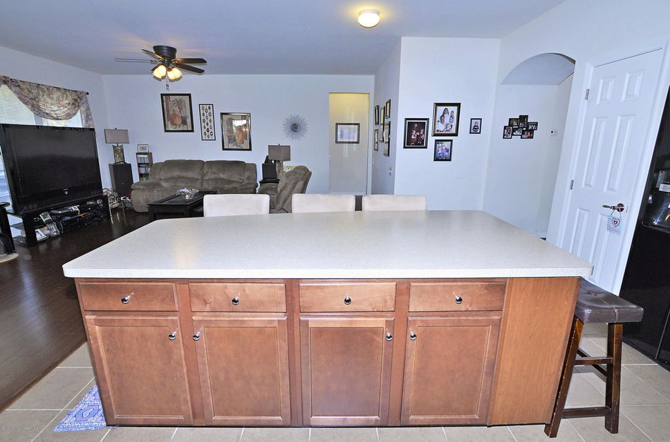 Additional photo for property listing at 5 Ascot Lane  Manchester, New Jersey 08759 États-Unis