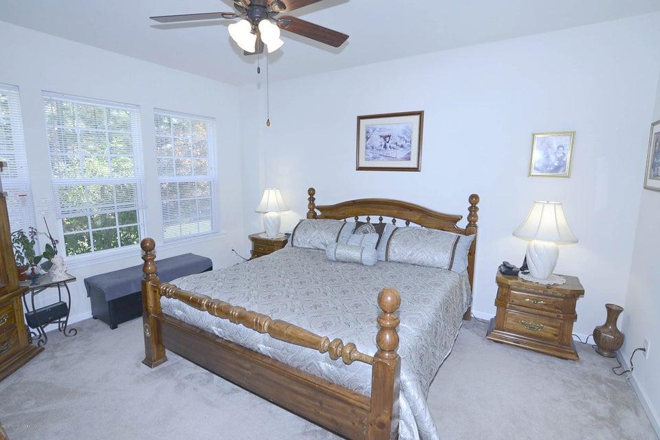 Additional photo for property listing at 5 Ascot Lane  Manchester, Nueva Jersey 08759 Estados Unidos