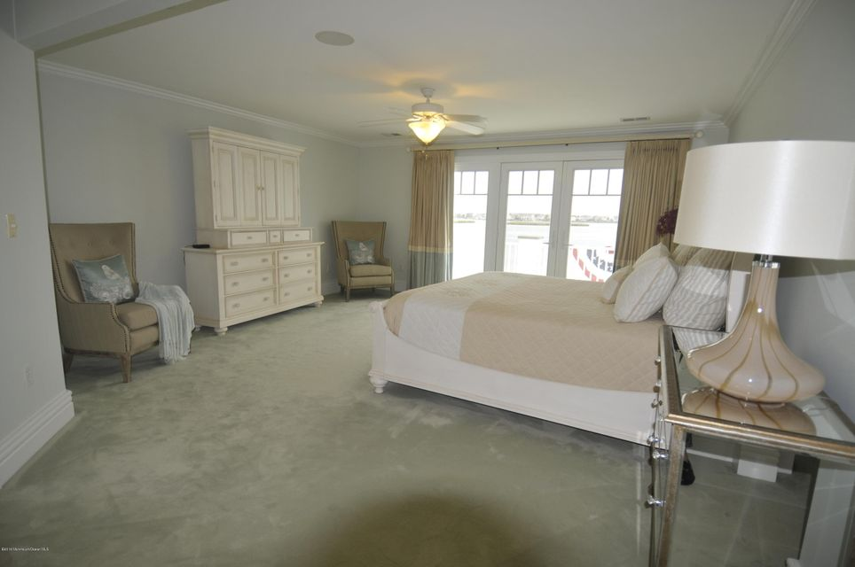 Additional photo for property listing at 2 Circle Drive  Monmouth Beach, New Jersey 07750 United States