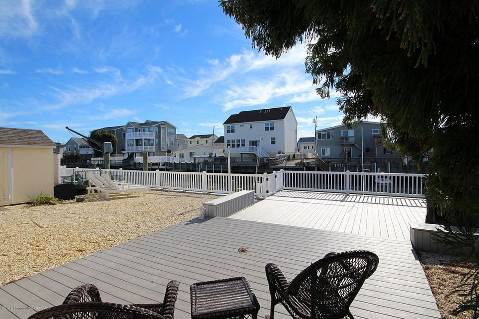 Additional photo for property listing at 87 Beverly Lane  Manahawkin, Nueva Jersey 08050 Estados Unidos