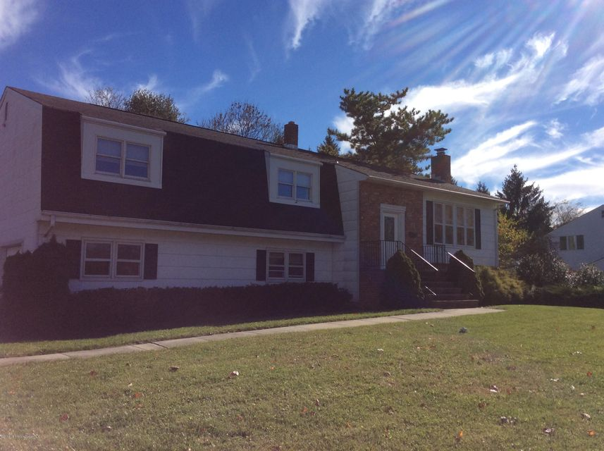 Additional photo for property listing at 80 Old Post Road  Freehold, New Jersey 07728 États-Unis