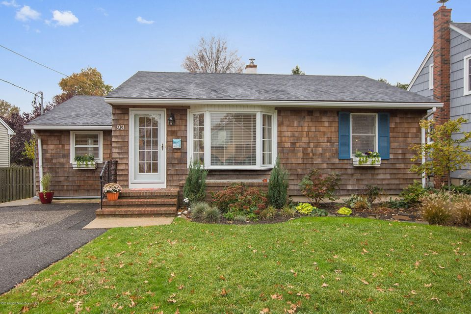 Single Family Home for Sale at 93 Minnesink Road Manasquan, New Jersey 08736 United States