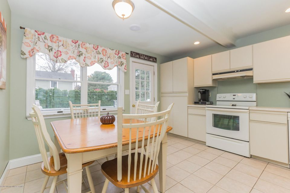 Additional photo for property listing at 93 Minnesink Road  Manasquan, 新泽西州 08736 美国
