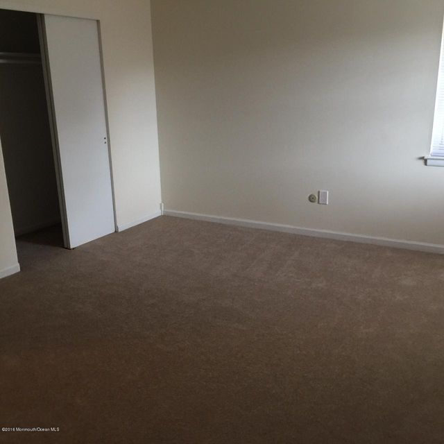 Additional photo for property listing at 117 The Orchards Of Windsor  East Windsor, New Jersey 08520 États-Unis