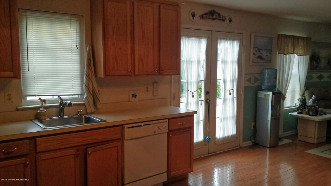 Additional photo for property listing at 940 Wellington Avenue  Toms River, Nueva Jersey 08757 Estados Unidos