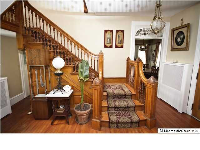 Additional photo for property listing at 44 Ocean Pathway  Ocean Grove, New Jersey 07756 États-Unis