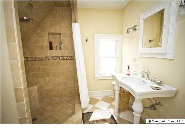 Additional photo for property listing at 44 Ocean Pathway 44 Ocean Pathway Ocean Grove, New Jersey 07756 États-Unis