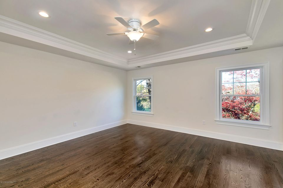 Additional photo for property listing at 50 Queens Drive  Little Silver, New Jersey 07739 États-Unis
