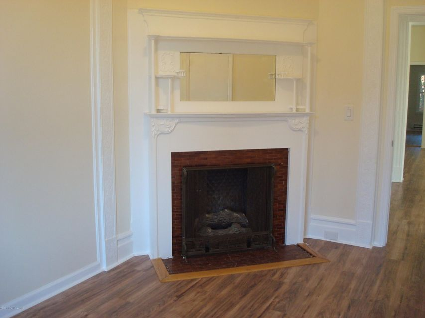 Additional photo for property listing at 51 Broad Street  Freehold, New Jersey 07728 États-Unis