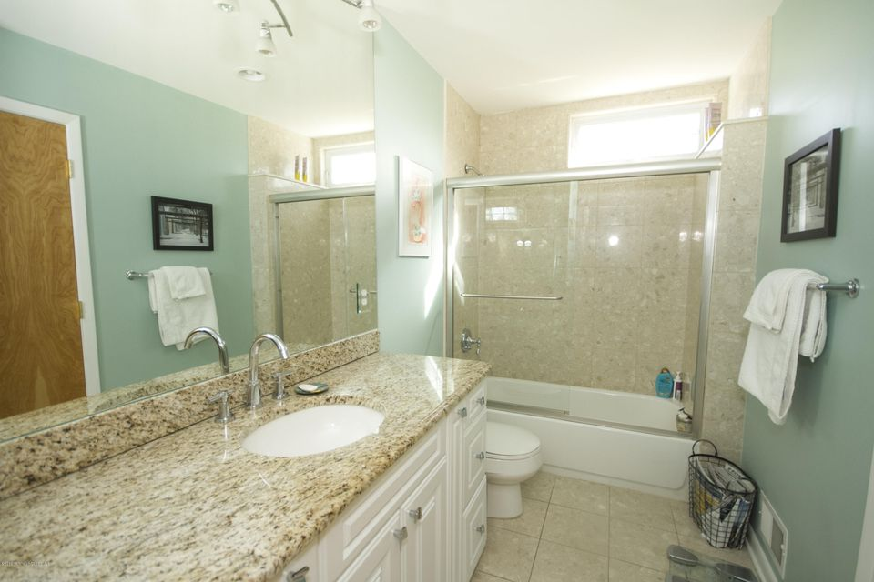 Additional photo for property listing at 423 Central Avenue  Spring Lake, New Jersey 07762 United States