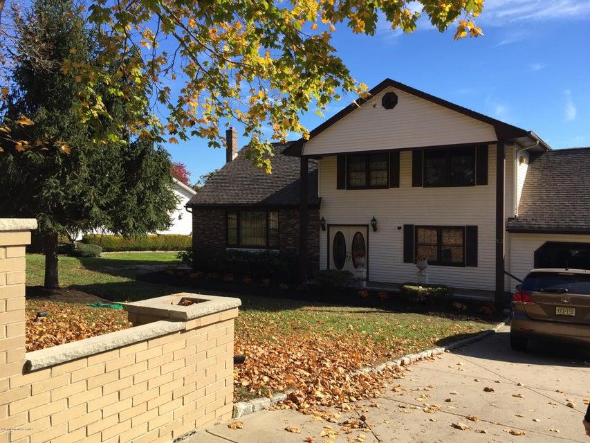 단독 가정 주택 용 매매 에 52 Cold Indian Springs Road 52 Cold Indian Springs Road Ocean Township, 뉴저지 07712 미국