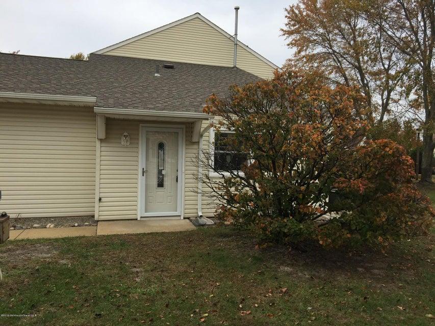 共管式独立产权公寓 为 销售 在 7 Chesapeake Court 巴奈加特, 新泽西州 08005 美国